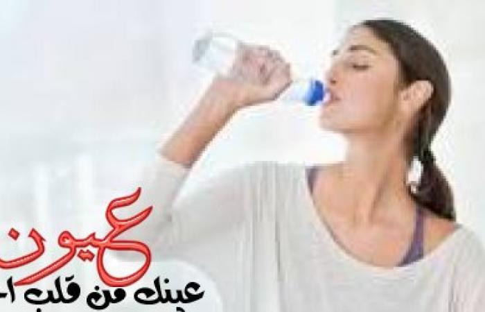 فوائد شرب الماء لصحة البشرة ونضارتها