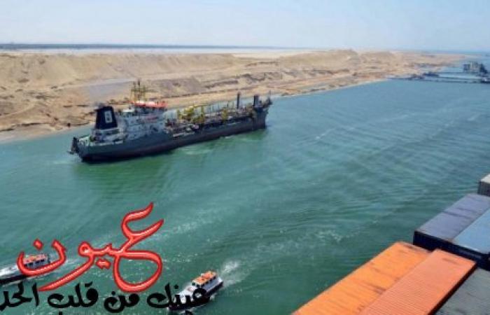 تجمهر الأهالي بجوار الممر المائي لقناة السويس والشرطة تقوم بإطلاق قنابل الغاز لتفريقهم