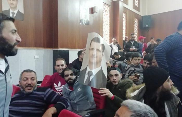 بموجب عفو رئاسي... سجناء في حماة يلتحقون بالجيش السوري (صور+فيديو)