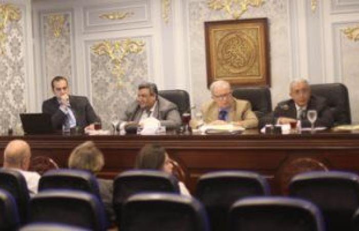 """""""خطة البرلمان"""" تقترح نشر منافذ بيع خبز غير مدعم بسعر ينافس القطاع الخاص"""