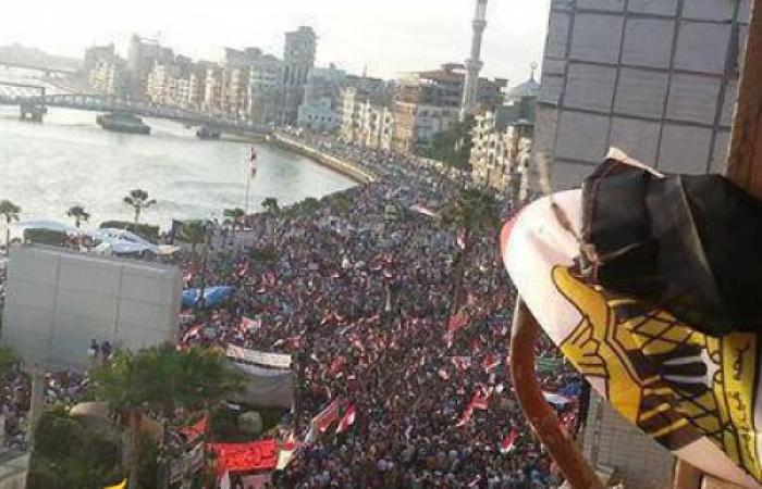 ما تخافيش يامصر طول ما احـــــــنا ولادك