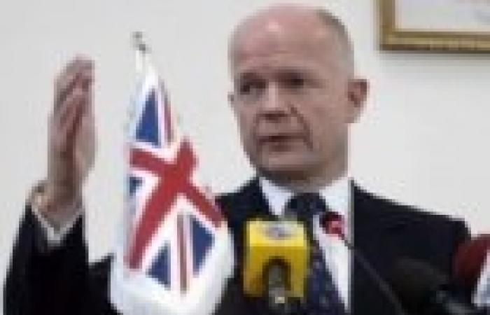 وزير خارجية بريطانيا يقول إن الأسد يتلقى دعمًا متزايدًا من إيران وحزب الله