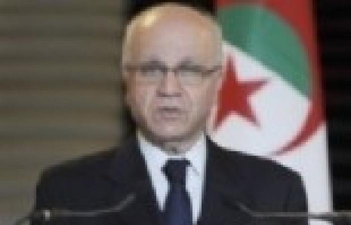 مدلسي: بوتفليقة يعود قريبا إلى الجزائر