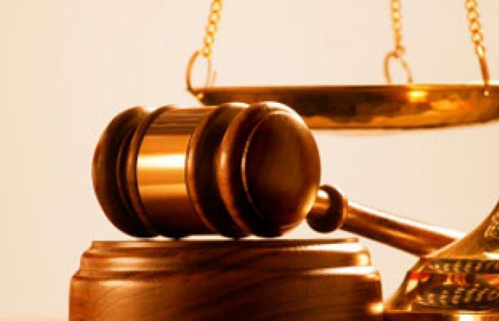 تجمهر محامين احتجاجاً على أحكام رئيس محكمة تلا بالمنوفية
