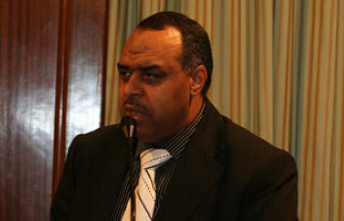 نائب إخوانى بالسويس يطالب بمراجعة السياسات الأمنية فى سيناء