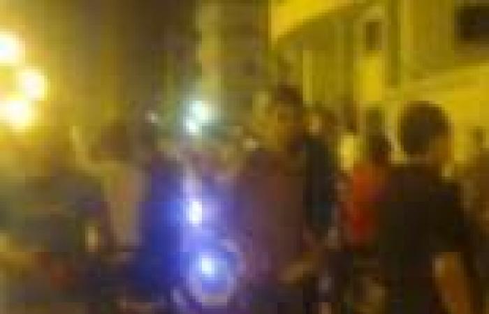 نشطاء يتجمهرون أمام قسم كفر البطيخ للمطالبة بالإفراج عن أعضاء أولتراس أهلاوي