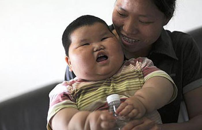 دراسة: سوء معاملة الطفل فى الصغر تعرضه للبدانة فى الكبر