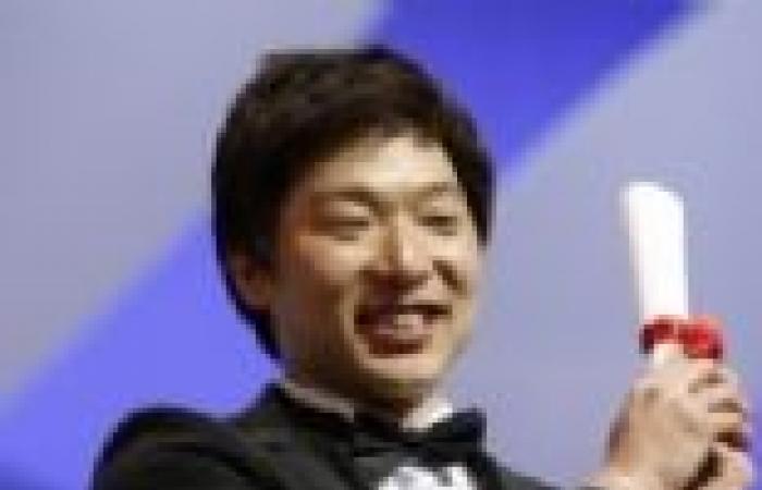 """الكوري مون بونج جون يفوز بالسعفة الذهبية لأفضل فيلم قصير عن فيلم """"Safe"""""""
