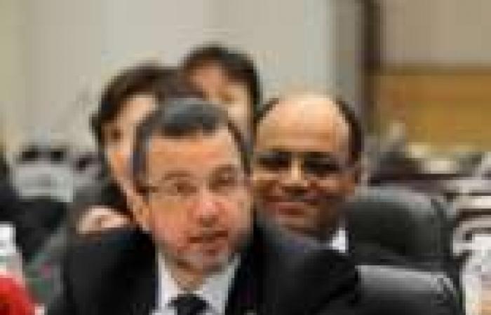 جارة هشام قنديل تودعه يومياً بالدعاء عليه وعلى «مرسى» فى ميكروفون