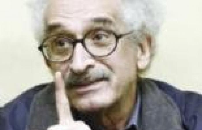 """صنع الله إبراهيم: حرق مقر """"تمرد"""" عمل إرهابي.. والحملة الوجه الحقيقي للثورة الشعبية"""