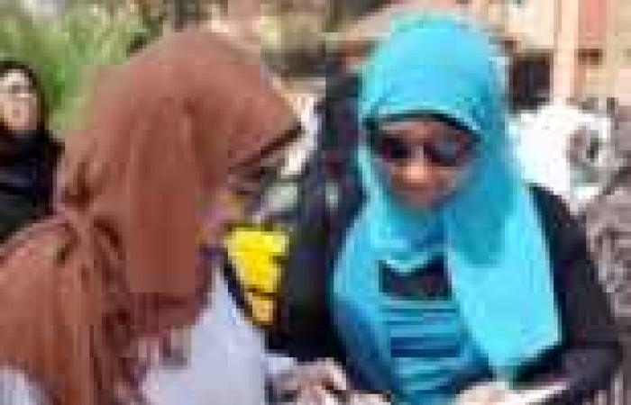 """طلاب المرحلة الأولى من الثانوية: """"اللغة العربية"""" سهل وفي مستوى الطالب المتوسط"""