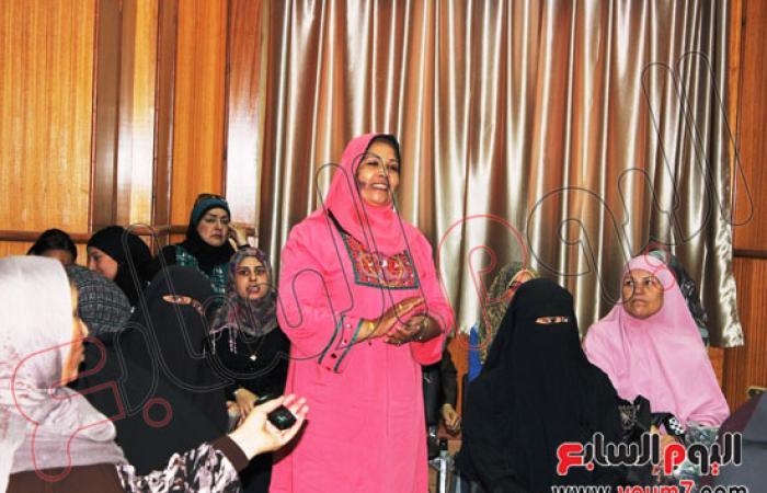بالصور.. محافظ شمال سيناء يقرر مكافأة العاملين بمديرية الصحة