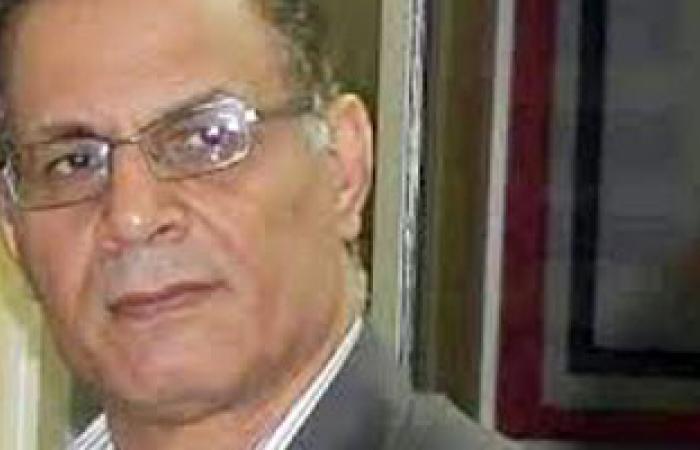 """""""المصريين الأحرار"""" يسلم 4000 استمارة لـ""""تمرد"""" بمقره بالإسماعيلية"""