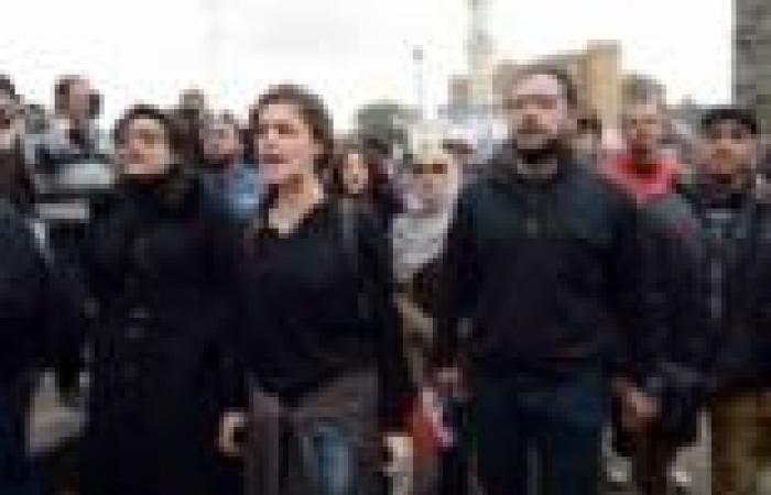 """بيان النقابة: وزير الثقافة هاجم المثقفين بمليونية """"رابعة العدوية"""""""