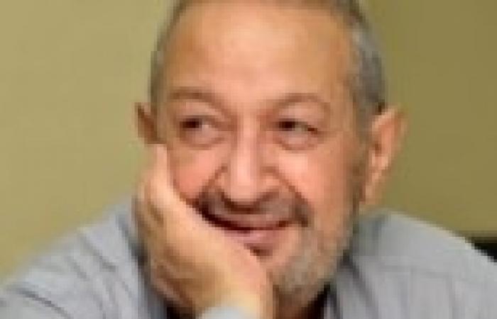 نور الشريف: الدولة تتعامل معنا كأننا «حيطة مايلة».. وجلسة الحوار الوطنى «فضيحة»