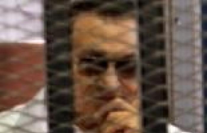 """النيابة توافق على تصالح مبارك وجمال وسوزان في قضية هدايا """"الإعلام"""""""