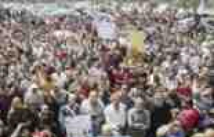 35 منظمة حقوقية تؤكد شرعية التظاهر فى 30 يونيو.. وتطالب الرئاسة بنزع فتيل الحرب الأهلية