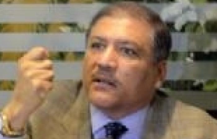 """""""السادات"""" يطالب """"مرسي"""" بإقالة الحكومة والفريق الرئاسي.. ويحذر من سفك الدماء في 30 يونيو"""