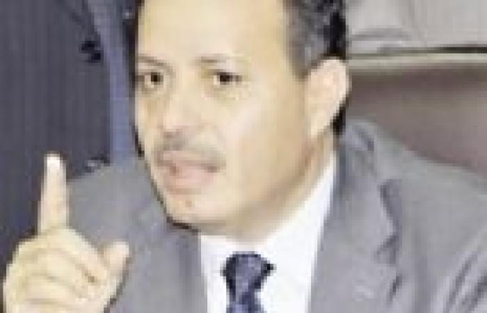 """صلاح عبدالمقصود يعين """"الخفيف"""" رئيسا لـ""""نايل سات"""" بدلا من ثروت مكي"""