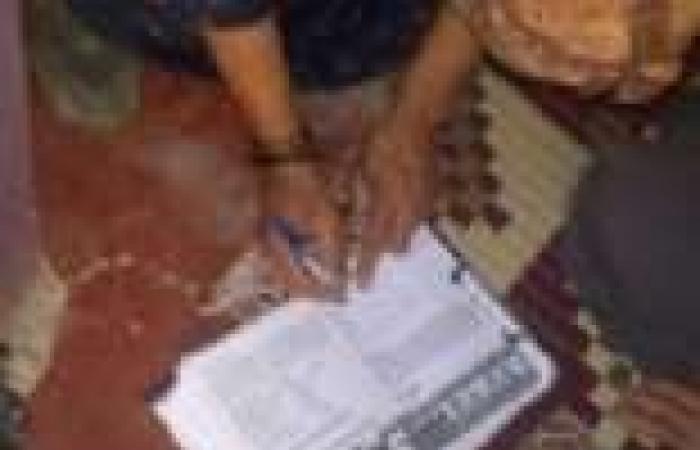 """مواطنون بالتحرير يجمعون توقيعات """"تمرد"""" ويدعون لـ""""30 يونيو"""""""