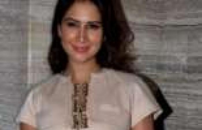 "بالصور  ممثلات بوليوود يحضرن حفل إطلاق كتاب ""Beauty Unleased"" في مومباي"