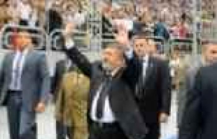 """مرسي يعتمد اختيار عودة رئيساً لـ""""قضايا الدولة"""".. ويصدق على قانونين لـ""""الشورى"""""""