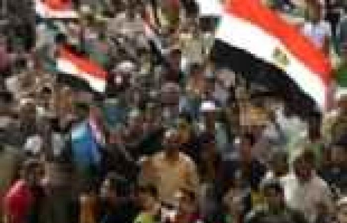 """""""راديو مصر"""" يطلق الأغاني الوطنية قبل بدء مظاهرات اليوم"""