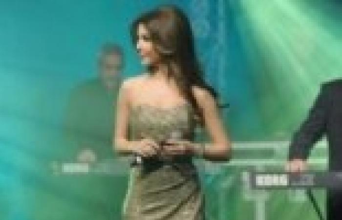 جنيفر لوبيز ونانسي عجرم تحييان حفل عيد ميلاد الرئيس التركماني