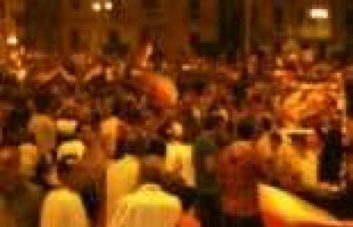 """الاحتفالات تملأ شوارع المنوفية بعد بيان """"السيسي"""""""