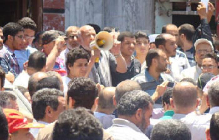 فتح طريق محكمة ملوى بعد فض اعتصام أنصار مرسى