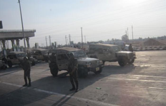 """الأمن يشدد إجراءات التفتيش بـ""""كارتة السلام"""" بطريق القاهرة الصحراوى"""