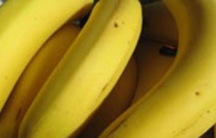 قشر الموز يزيل أثر حب الشباب ويخفف من ألم الصداع النصفى