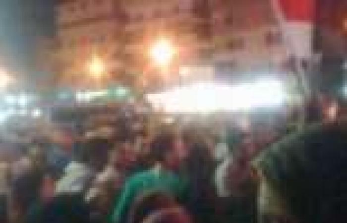 """3 """"موائد رحمن"""" في ميدان الساعة بدمياط وسط تأمين الشرطة"""