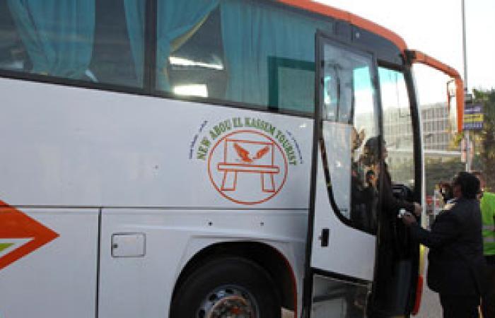 شرطة السياحة بشرم الشيخ تحذر شركات السياحة من تحرك الحافلات بعد الغروب