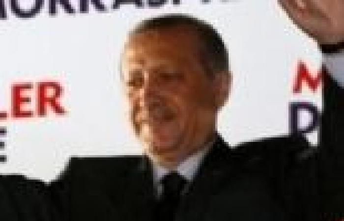 """السجن المؤبد لقائد الجيش التركي المتقاعد بتهمة التآمر في قضية """"أرجينيكون"""""""