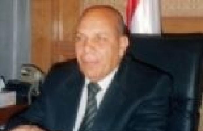 «لبيب» يعرض على «الببلاوى» شباب لتولى مناصب قيادية فى المحليات