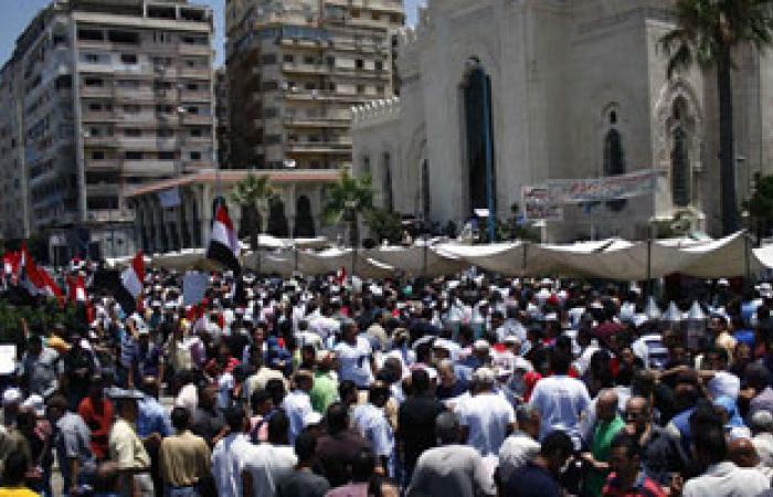 """""""سلفيو"""" إسكندرية ينافسون """"إخوانها"""" على ساحات الصلاة ومليونية مؤيدة على الكورنيش"""