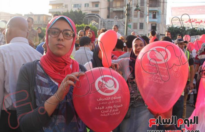 إقبال لمواطنى الإسكندرية على الشواطئ فى أول أيام عيد الفطر المبارك