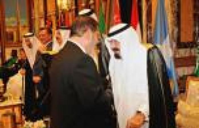 56 عالم دين سعودي: ما حدث في مصر «انقلاب مكتمل الأركان»