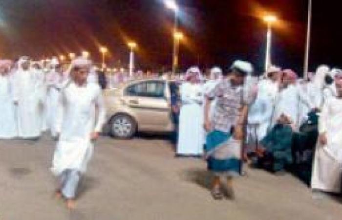 مقيمون يسترجعون فلكلورات أوطانهم بفعاليات العيد