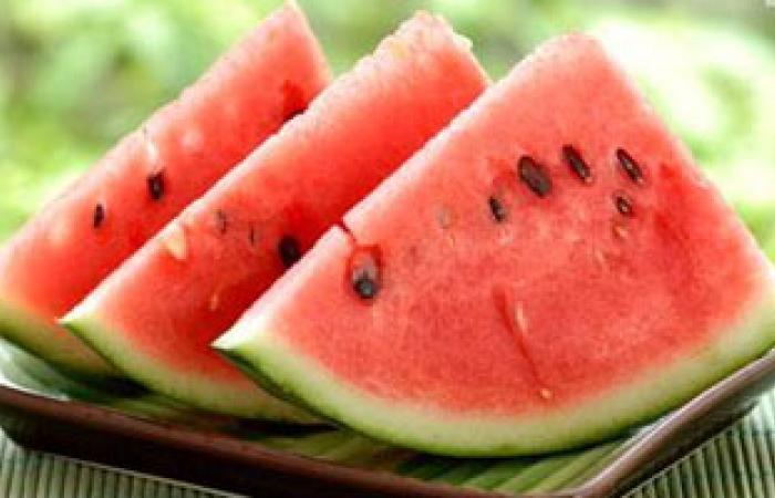 البطيخ والمكسرات والفاصوليا البيضاء أغذية هامة للحامل