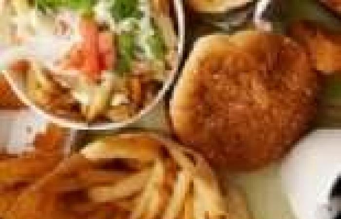 دراسة:21% من المصريين يتناولون مأكولات سريعة مرة فى الأسبوع على الأقل