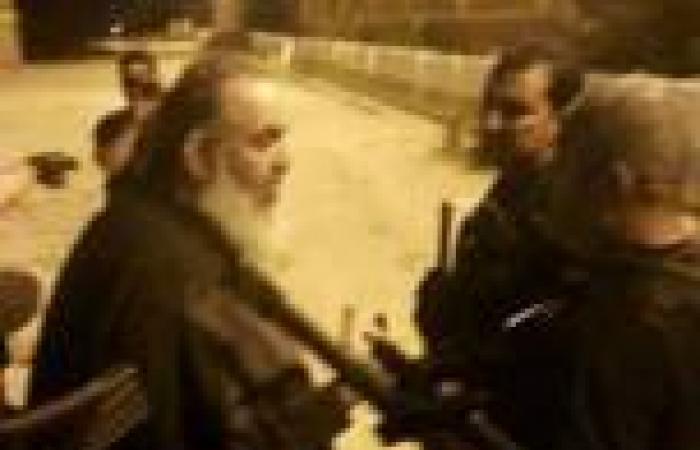 «أبوإسماعيل وبيومي» يستقبلان زيارة من أسرتيهما بسجن «العقرب»