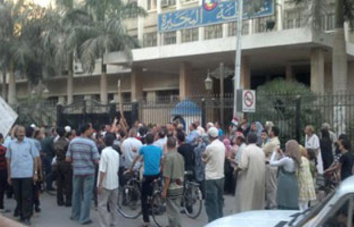 """الأهالى يقطعون طريق """"أبوكبير - كفر صقر"""" بالشرقية بسبب اختفاء فتاة"""