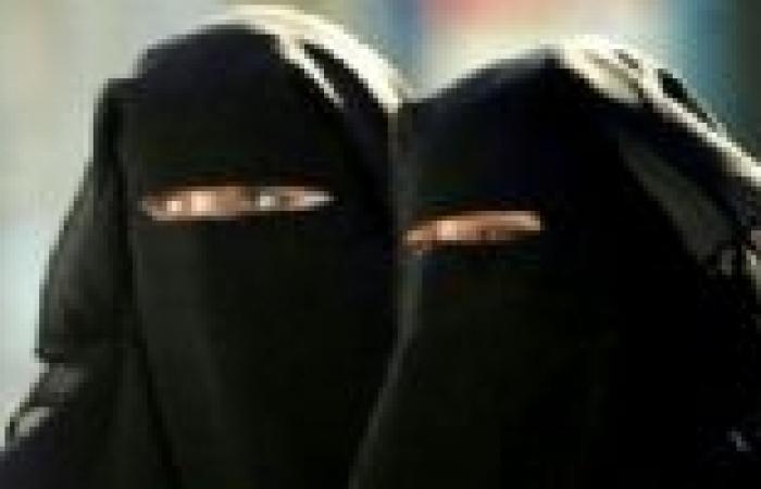 """تصويت على حظر ارتداء """"البرقع"""" في محافظة سويسرية"""