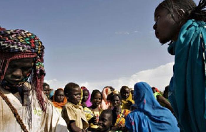 وفد شئون اللاجئين بالسودان يتوجه لتشاد لبحث عودة لاجئى دارفور