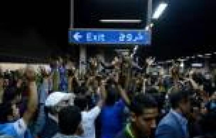 «الداخلية»: ضبط 12 من أنصار مرسي بتهمة اقتحام محطة العتبة وترديد عبارات خادشة