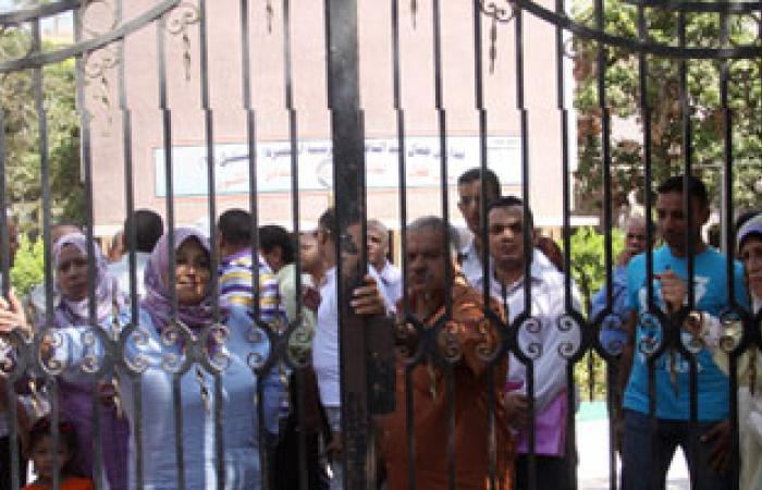 المعلمون يعلقون اعتصامهم بالنقابة تحسبا لأحداث الغد