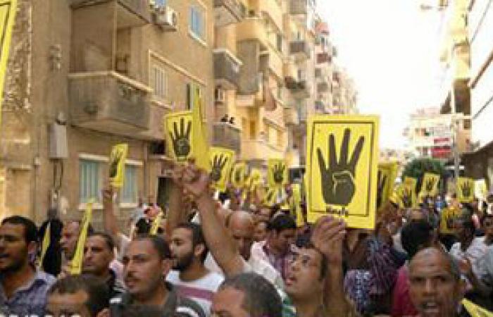 """الإخوان يتجمعون أمام مسجد """"عمرو بن العاص"""" للانطلاق فى مسيرة لرمسيس"""