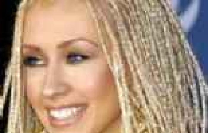 بالصور| نجمات هوليوود يعيدن موضة التسعينات بضفائر الشعر